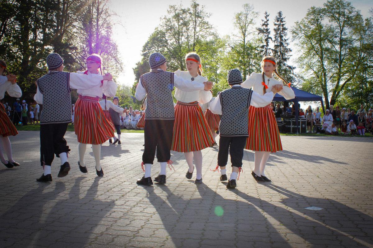 XVI Räpina laste laulu ja tantsupäev